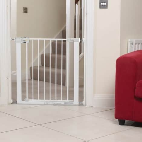 Safety-1st-SecureTech-Simply-Close-Metal-Gate-6351_media_3_23155